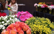 Flower Bar Boosts Party Experience, Florist's Bottom Line
