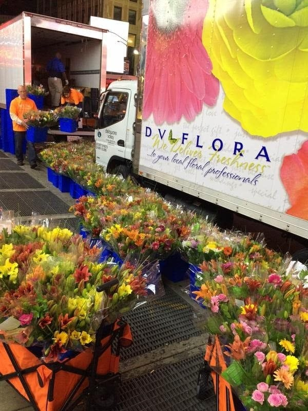 Thanks to the generosity of the industry, 4,000 bouquets were assembled and delivered to New York City for the Petal It Forward event.