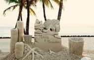 To Make a Splash, More Couples Choose Sand