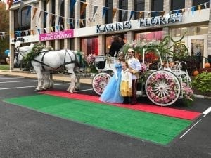 karins florist in vienna virginia decked out a cinderella carriage to celebrate its 60th - Vienna Va Halloween Parade