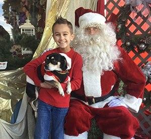 Santa 'Paws' Pulls in A Crowd for New Jersey Florist