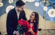 Retail Group Predicts Increase in Valentine's Day Spending