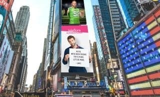 """Teleflora encouraged New Yorkers to take a leap of faith, announcing their true feelings for a secret crush on a giant billboard in Times Square. The promotion is the latest activity tied to the company's """"Love Out Loud"""" campaign."""